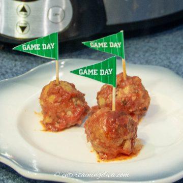 Crock-Pot chicken meatballs in tomato sauce
