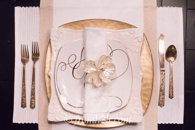 Adding an accent plate and runner gives the table setting a little more pizzazz   5 No-Fail Ways to Create Beautiful Table Settings