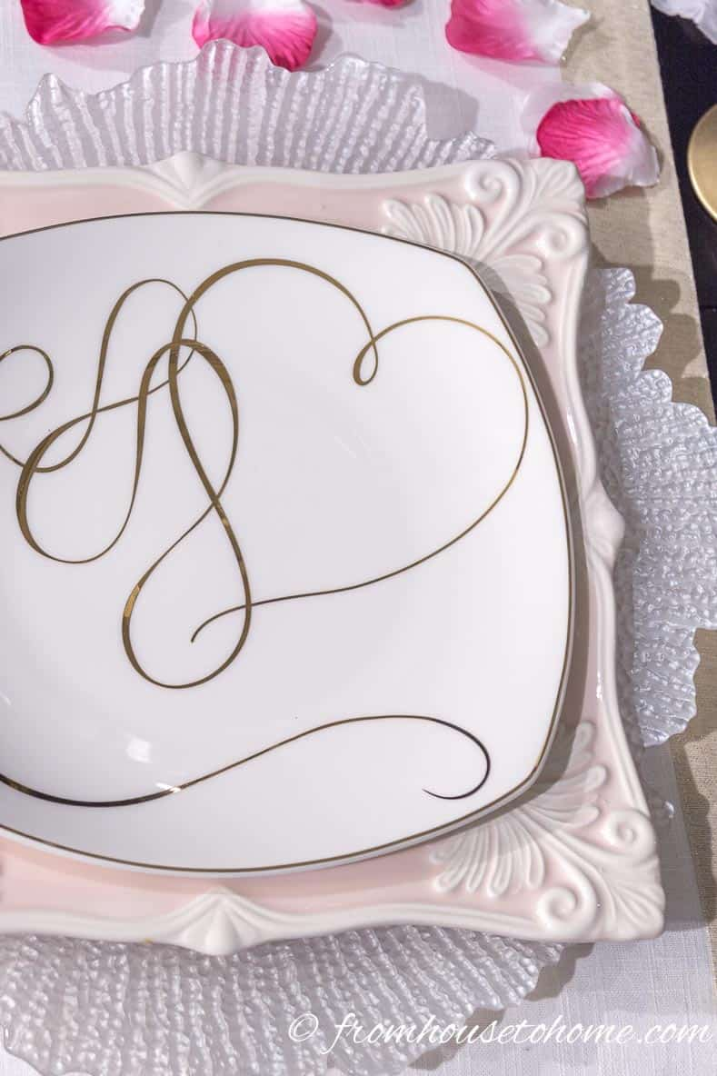 """Mikasa's """"Love Story Gold"""" accent plate   How to create a romantic Valentine's Day table setting"""